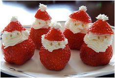 Fresas Papá Noel para decorar la mesa de Navidad.