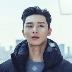 Asian Actors, Korean Actors, New Boyz, Park Seo Jun, Seo Joon, Kdrama Actors, Down Hairstyles, Korean Drama, Gorgeous Men