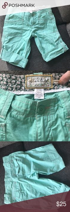 Organic cotton teal aventura shorts NWOT aventura sea foam green/teal hiking shorts made with organic cotton beautiful color! No size on shorts believe they are an 8/10 aventura Shorts