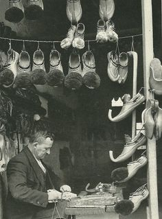 Items similar to Anatolia Shoemaker Cobbler Photo Print Turkey Greece Ethnography Tsaruchia Ioannina Athens Traditional Costume Shoes Vintage on Etsy Old Images, Old Pictures, Old Photos, Vintage Photos, National Geographic, Greece History, Greece Pictures, Old Greek, Greek Art