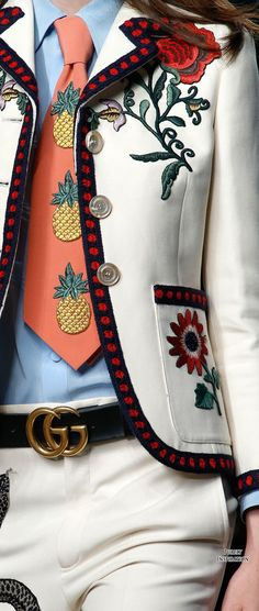 Gucci Spring 2016 Ready-to-Wear Fashion Show - Gucci SS2016 Women's Fashion RTW | Purely Inspiration Contemplating on upgrading my plain white jacket with embroidery .....