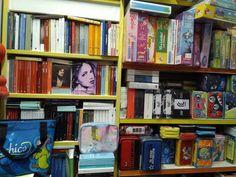 Bookcase, Home Decor, Book, Decoration Home, Room Decor, Book Shelves, Home Interior Design, Home Decoration, Interior Design
