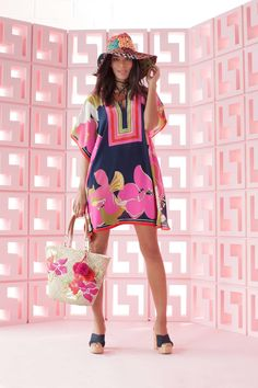 See the complete Trina Turk Resort 2017 collection.