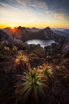 Lake Oberon, Western Arthurs - Tasmania.
