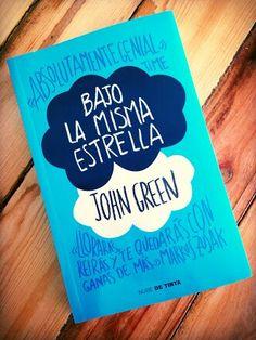 Bajo la misma estrella, una novela fantástica que te dejara con ganas de mas, se los recomiendo mucho este libro es muy bueno :33