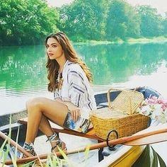 Deepika Padukone click for Lodha real estate