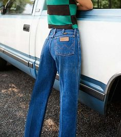 These are the best vintage jean brands, according to fashion girls. Shop them here.