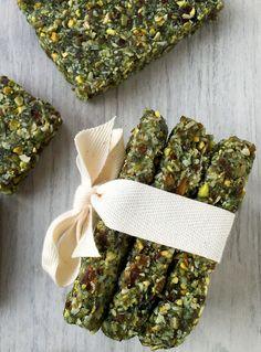 Raw Hemp Algae Bars (grain/dairy/sugar free, paleo, vegan)   GrokGrub.com