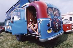 Online site of the Grateful Dead Archive at University of California, Santa Cruz. Grateful Dead Image, Dead And Company, Terrapin, Forever Grateful, California Dreamin', Four Wheel Drive, Vw Bus, Cool Bands, Antique Cars