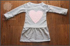 Thready: Jak uszyć dresową sukienkę dla dziewczynki