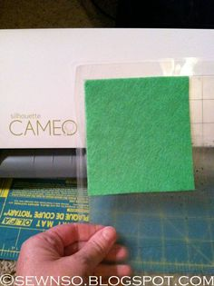 Cutting felt with the Silhouette Cameo. Repinning because it totally worked!(cutting blade to 10 and run 2 passes)