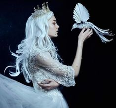 This Photographer Photographs Women Like No One Else, And The Result Is Straight From A Fairy Tale