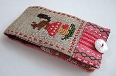 I love this #squirrel cross stitch needle case. Gera is such an amazing designer.
