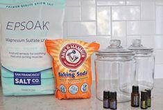 Epsom Salt Detox Bath Salts (via A Beautiful Mess) epsom baking soda 3 Epsom Salt Cleanse, Epsom Salt Bath, Epson Salt Bath Benefits, Epsom Salt For Hair, Salt Hair, Salt Detox, Baking Soda Bath, Baking Soda Benefits, Bath Salts Recipe