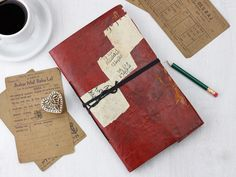 Rustic leather journal made from reclaimed leather and even the paper has been made from recycled paper from the textile industry. #vintage #leatherjournal #leather