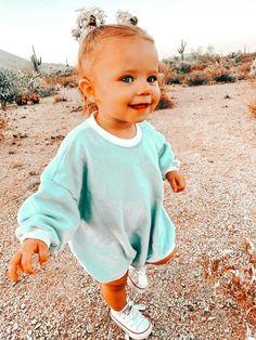 240 Ideas De Fotos Mujer Embarazada En 2021 Fotos Mujer Embarazada Mujer Embarazada Ropa Bonita Para Embarazadas