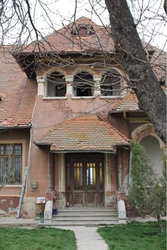 Design Case, Home Fashion, Old Houses, House Styles, Cottages, Bow, Home Decor, Houses, Romania
