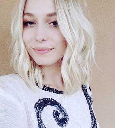 Short Blonde Soft Wavy Hairstyle Blonde-Short-Haircut