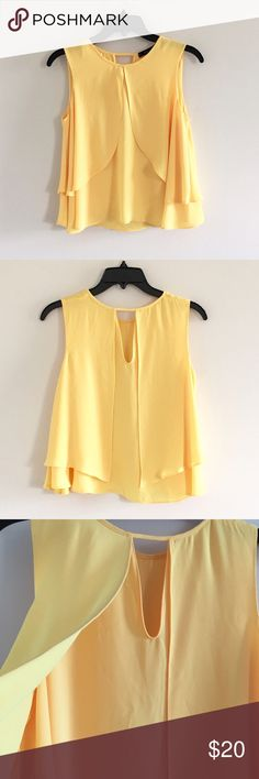 🔺Final Price 🔺 Zara Basic Top size Small Zara Basic Top size small color yellow new with out Tag!!!💐✨ Zara Tops Blouses