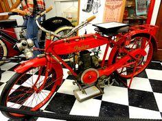 Chehalis Vintage Motorcycle Museum Motorcycle Museum, Vintage Iron, Zoos, Bicycles, Motorcycles, Concept, Art, Art Background, Kunst