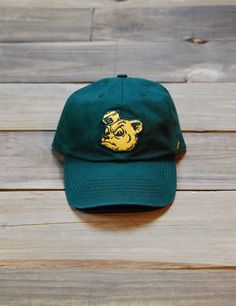 Finish off your outfit with this Baylor University Sailor Bear cap! It is a fitted cap and a perfect way to show your school spirit! Sic 'em Bears!