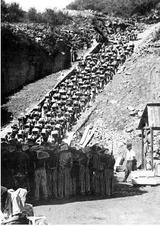 """""""Todesstiege"""" escalera de la muerte, verano de 1941"""