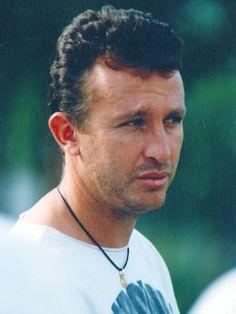 """Não foi por acaso que Neto se tornou o """"xodó da Fiel"""". Ele carregou o time campeão brasileiro de 1990 nas costas, com seus gols de faltas que foram fundamentais na conquista do título."""