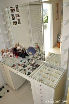 vanity in closet walk in \ vanity in closet ; vanity in closet small ; vanity in closet walk in ; vanity in closet ideas ; vanity in closet diy ; vanity in closet small makeup tables ; vanity in closet small built ins ; vanity in closet ideas small Makeup Table Vanity, Vanity Room, Vanity Ideas, Makeup Vanities, Diy Vanity, Vanity Drawers, Makeup Dresser, Vanity Tables, Mirror Vanity