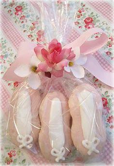 Ballet shoe party bags