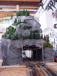 Part of the Yodel Mountains layout by Vader.  Love these close ups!