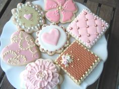 Bambella Cookie Boutique | Bridal    LOooove the Heart Cookies... :)!
