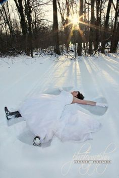 Trash the Dress IN THE SNOW!!! That's me!!!!! :)