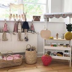 Wooden playshop #marketstall #kidsfurniture #kidsdecor #macarenabilbao #woodentoys (www.macarenabilbao.com) Kids Market, Play Market, Bilbao, Market Stalls, Kids Decor, Wooden Toys, Playroom, Miniatures, Instagram