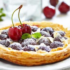 Strudel di Ciliegie #cake #cakedesign #cakeart #cakelove #cookies #deliciousfood #foodtutorial #cakedesign #tortedecorate #delicious #instafood #instacake #instacute #foodtutorial #foodphotography #instagood #deliciousfood #bakery #bake #biscotti #biscottini