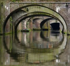 Utrecht's love canals are voluminous