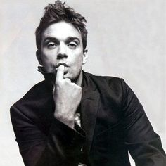 robbie - because true love lasts a lifetime Robbie Williams Albums, Top 10 Actors, Beautiful Men, Beautiful People, Beautiful Things, Mod Music, Clive Owen, Male Eyes, Comme Des Garcons