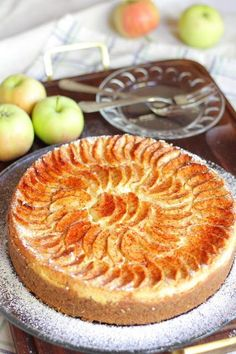 Omena-juustokakku - Suklaapossu Cake Recipes, Dessert Recipes, Desserts, Cheesecakes, Apple Pie, Food And Drink, Sweets, House Cafe, Food Cakes