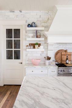 white-marble-kitchen-brass-fixtures - 17