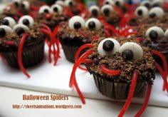 Spider Cupcakes via #DuncanHines Baker's Club member chocosam