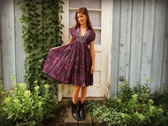 Med. Retro Purple Polka Dot Ruffled Floral Dress// by emmevielle