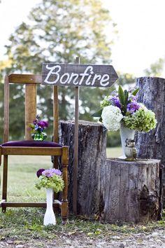 Property farm wedding, wedding bonfire, wedding rustic, dream wedding, so. Farm Wedding, Chic Wedding, Wedding Styles, Wedding Reception, Dream Wedding, Wedding Day, Wedding Rustic, Wedding Bonfire, Reception Ideas