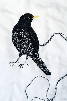 Blackbird embroidery by Alicia Sivertsson.