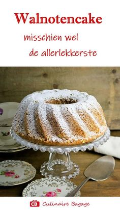 Who does not love this moist and tender walnut bundt cake? Dutch Recipes, Easy Cake Recipes, Cupcake Recipes, Sweet Recipes, Cupcake Cakes, Dessert Recipes, Cupcakes, Sweet Bread Loaf Recipe, Easy Vanilla Cake Recipe