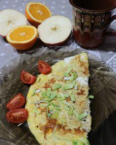 Každý večer přijdete domů a potřebujete něco přichystat k jídlu. Probleskne vám hlavou: jednoduchá levná a rychlá večeře. Tady je na ni inspirace. Omelette, Avocado Toast, Pizza, Breakfast, Diets, Omelet, Morning Breakfast