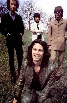 Algo sobre Morrison y The Doors                              …