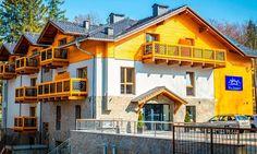 Komfortowy hotel znajdujący się w sercu Szklarskiej Poręby - dostępne opcje dla 2 osób oraz rodziny z 1 dzieckiem 4-12 lat.