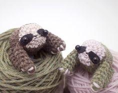Amigurumi Octopus Mohu : Crochet snowflake cuff bracelet from mohu store. #winter #lavender