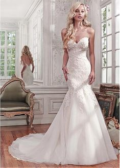 Alluring Tulle Sweetheart Neckline Mermaid Wedding Dresses With Lace Appliques