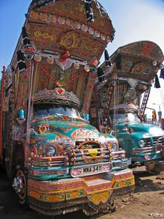 Pakistani Truck Art...that there would be my ride!
