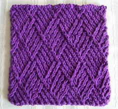 If you& tired of flat, boring dishcloth knitting patterns, then this Herringbone Linen Knit Dishcloth Pattern is perfect for you. The herringbone texture of this knitted dishcloth adds visual texture while still being an easy knitting pattern. Knitted Washcloth Patterns, Knitted Washcloths, Dishcloth Knitting Patterns, Crochet Dishcloths, Knit Or Crochet, Knit Patterns, Stitch Patterns, Sweater Patterns, Crochet Baby